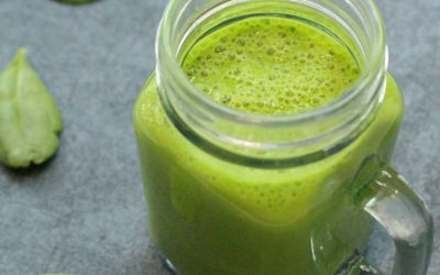 Pineapple Spinach Green Smoothie